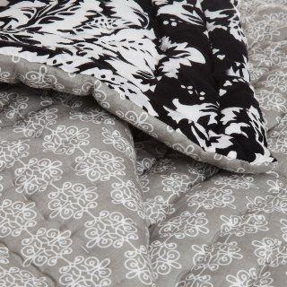 Pinzon 100 Percent Cotton Printed Full/Queen Quilt Set, Black/White Damask   Bedding Sets Full