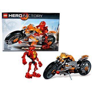 Lego Year 2010 Hero Factory Series Vehicle with Figure Set # 7158   FURNO BIKE with Front Steering, Dual Plasma Blasters, Spinning Rubber Tires with Treads, Working Kickstand and Flame Windshield Art Plus Rookie Team Leader WILLIAM FURNO (Total Pieces: 165