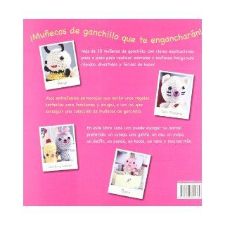 Divertidos munecos de ganchillo / Super Cute Crochet Mas de 35 animales, munecas y amigurumi / Over 35 Adorable Animals and Friends to Make (Spanish Edition) Nicki Trench 9788498741445 Books