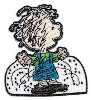 PIG PEN Pigpen playing in snow  Embroidered Peanuts Iron On / Sew On Patch Snoopy: Everything Else
