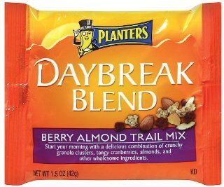 Planters Daybreak Blend Berry Almond Trail Mix, 1.5 Ounce Packages (Pack of 30) : Grocery & Gourmet Food
