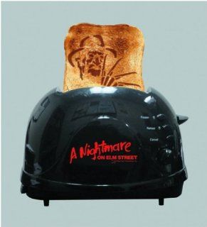 A Nightmare on Elm Street Freddy Krueger Bread Toaster: Kitchen & Dining