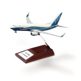 737 700 Snap Together Model with Wood Base