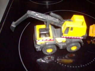 "Mighty Tonka 748 Cab Loader Construction Equipment 4"" Long By 2 3/4"" High Toys & Games"