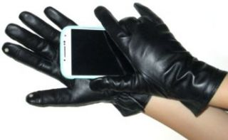 Fownes Touchpoint Women's Fleece Lined Black Lambskin Leather Gloves 7/M Cold Weather Gloves