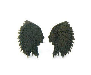 2 Pairs of Brown Wooden Chief Cherokee Indian Stud Earrings Good Quality: Jewelry