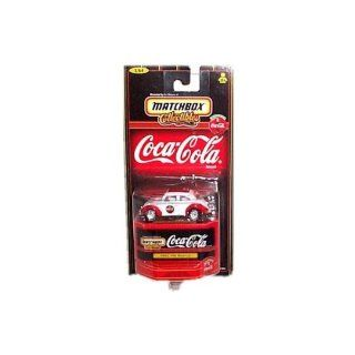Matchbox Collectibles   Coca Cola Collection   1962 VW (Volkswagen) Beetle (White & Red)   164 Scale Toys & Games