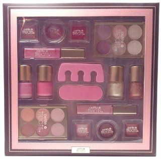 Petite Treats Sugar Sugar Sparkly Pinks Whites Browns Reds Children's Play Makeup Large deluxe Gift Set Great for Girls Birthday Party Favor Contains 4 Square Lip Pots 2 Round Lip Pots 2 Lip Gloss Wands 2 Eyeshadow Palette 4 Nail Polish 1 Toesie 1 File