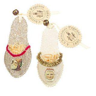 Wendy Addison Santa Claus Glass Beaded Slipper Ornaments Set of 2   Decorative Hanging Ornaments