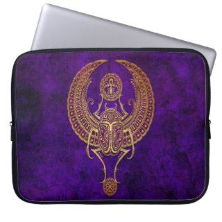 Winged Egyptian Scarab Beetle with Ankh   purple Laptop Sleeve