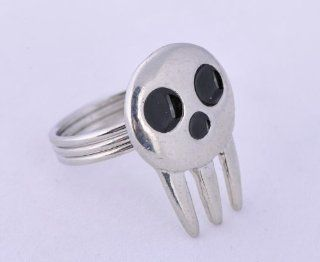 Soul Eater Death Shinigami Skull Ring Alloy cosplay hot sell sliver colour: Toys & Games