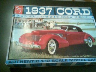 Huge 1/12 Scale 1937 Cord Vintage Model Kit Toys & Games