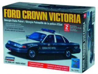 Lindberg 125 scale Ford Crown Victoria Georgia State Police Toys & Games
