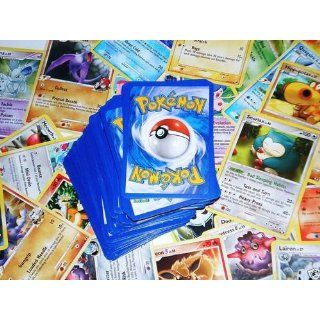 100 Assorted Pokemon Trading Cards with Bonus 6 Free Holo Foils Toys & Games