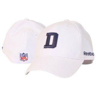 "Dallas Cowboys Sideline ""D"" NFL Flex Fit Hat   Grey   Small/Medium  Sports Fan Baseball Caps  Sports & Outdoors"