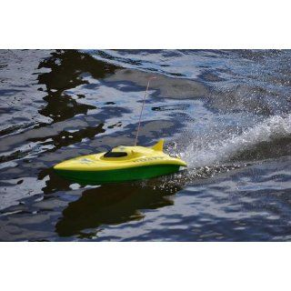"""23"""" Balaenoptera Musculus Radio Remote Control Racing Boat (colors may vary) Toys & Games"""