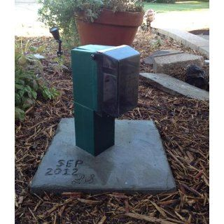 Arlington GPD19G Gard N Post Outdoor Landscape Lighting Garden Post with Outlet Cover, 19 Inch, Green