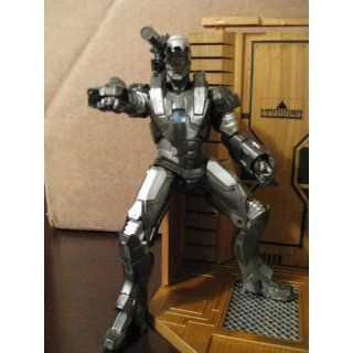 Diamond Select: Iron Man 2: War Machine Action Figure: Toys & Games