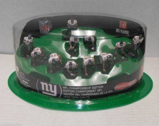 **POSSIBLE OPENER** One Figure is Loose Inside Sealed Package ** McFarlane Toys NFL 2 Inch Mini Sports Picks Ultimate 11 Piece Offensive Team White Jersey Set CHAMPIONSHIP EDITION New York Giants: Toys & Games