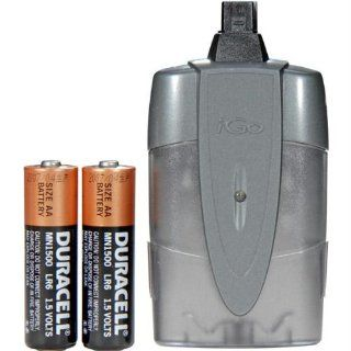 Igo Powerxtender AA Universal Battery Powered Charger Provides Up To 8 Hours Talk Time : MP3 Players & Accessories