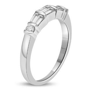 0.50 Ct Modern Styled Wedding Band 18k White Gold: Jewelry