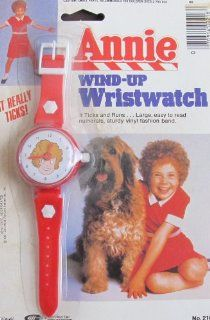 Little Orphan ANNIE WIND UP WRISTWATCH   WATCH Really Ticks! (1981 Tribune/Columbia Pictures): Watches