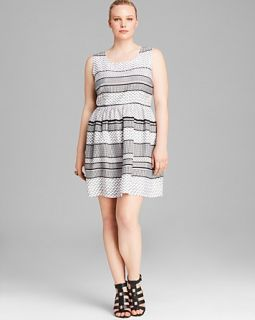 BB Dakota Plus Dary Mix Stripe Dress
