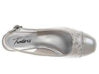 Trotters Dea Light Grey Patent Croco