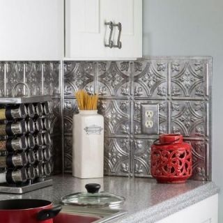18 in. x 24 in. Traditional 1 PVC Decorative Backsplash Panel in Crosshatch Silver B50 21
