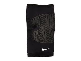 Nike Pro Combat Knee Sleeve Black, Sporting Goods, Black, Nike